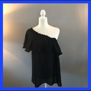 Hinge black one shoulder ruffle sleeve top. Large